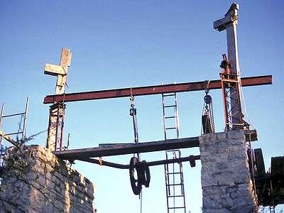 13 1989 : Le portique pour le démontage des parties mécaniques