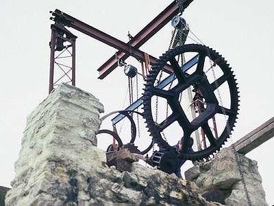 14 1989 : Démontage des engrenages soudés par la rouille
