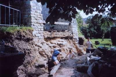17 1999 Chantier de bénévoles restaurant le mur sud.